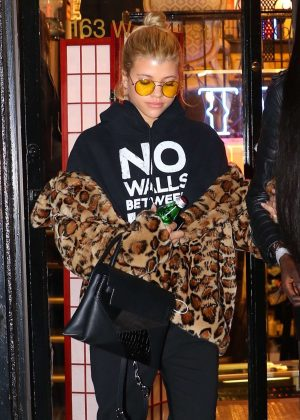 Sofia Richie - Leaving West 4 Tattoo in Manhattan