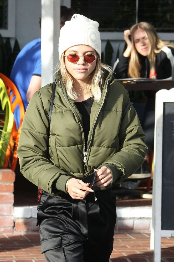 Sofia Richie out for lunch at Mauro's Cafe in West Hollywood