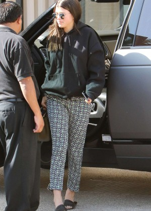 Sofia Richie - Out Shopping in Los Angeles