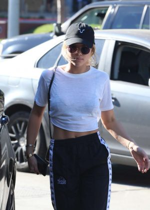Sofia Richie out shopping in Los Angeles