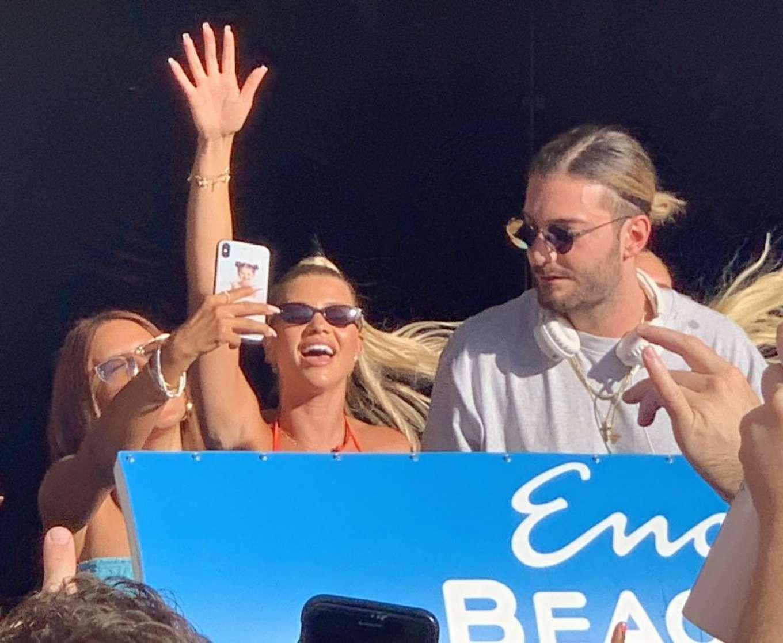 Sofia Richie 2019 : Sofia Richie parties in the encore Beach club close to DJ Alesso in Las Vegas-02