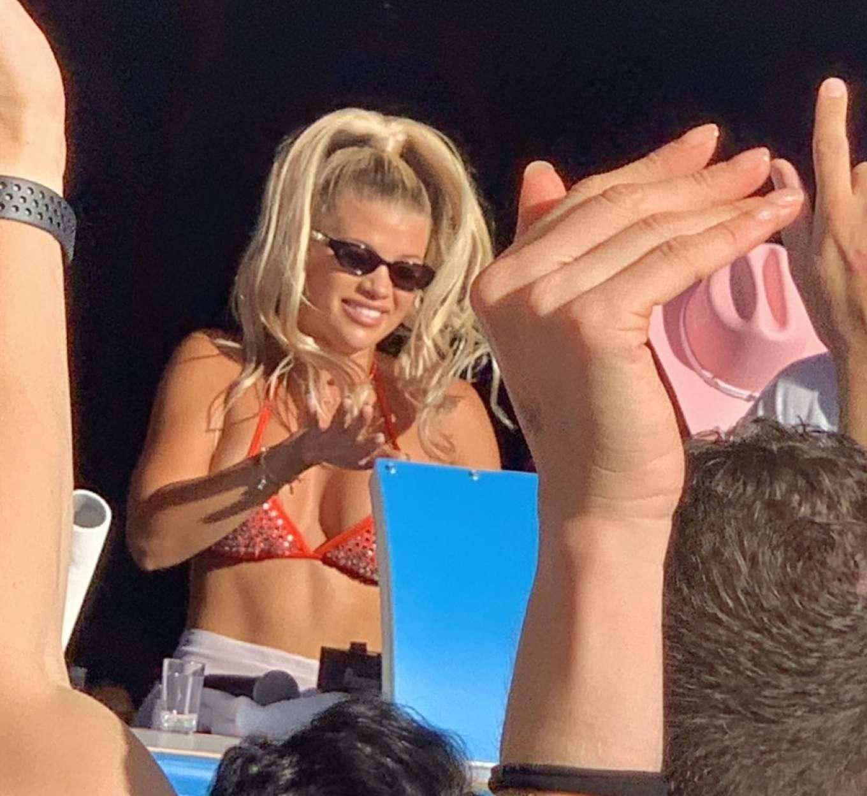Sofia Richie 2019 : Sofia Richie parties in the encore Beach club close to DJ Alesso in Las Vegas-05