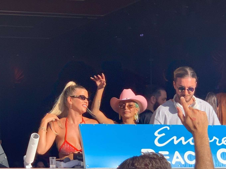 Sofia Richie 2019 : Sofia Richie parties in the encore Beach club close to DJ Alesso in Las Vegas-13