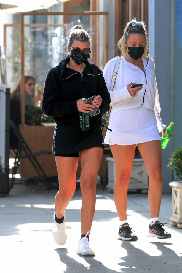 Sofia Richie - returns to her car after lunch with friends at Croft Alley in Beverly Hills