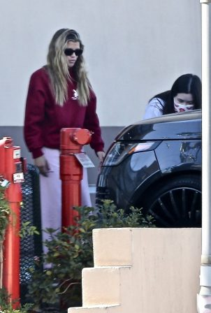 Sofia Richie - Seen at Coffee Bean and Tea in Studio City
