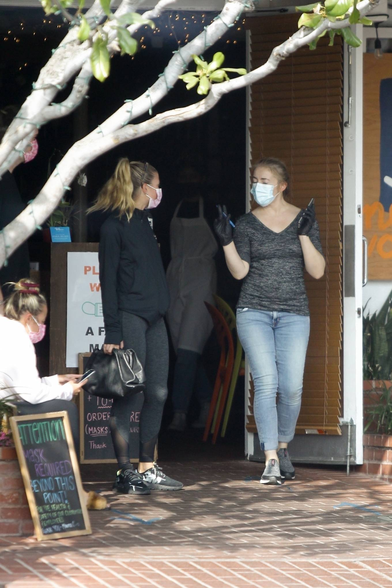 Sofia Richie 2020 : Sofia Richie – Seen leaving a yoga class in West Hollywood-24