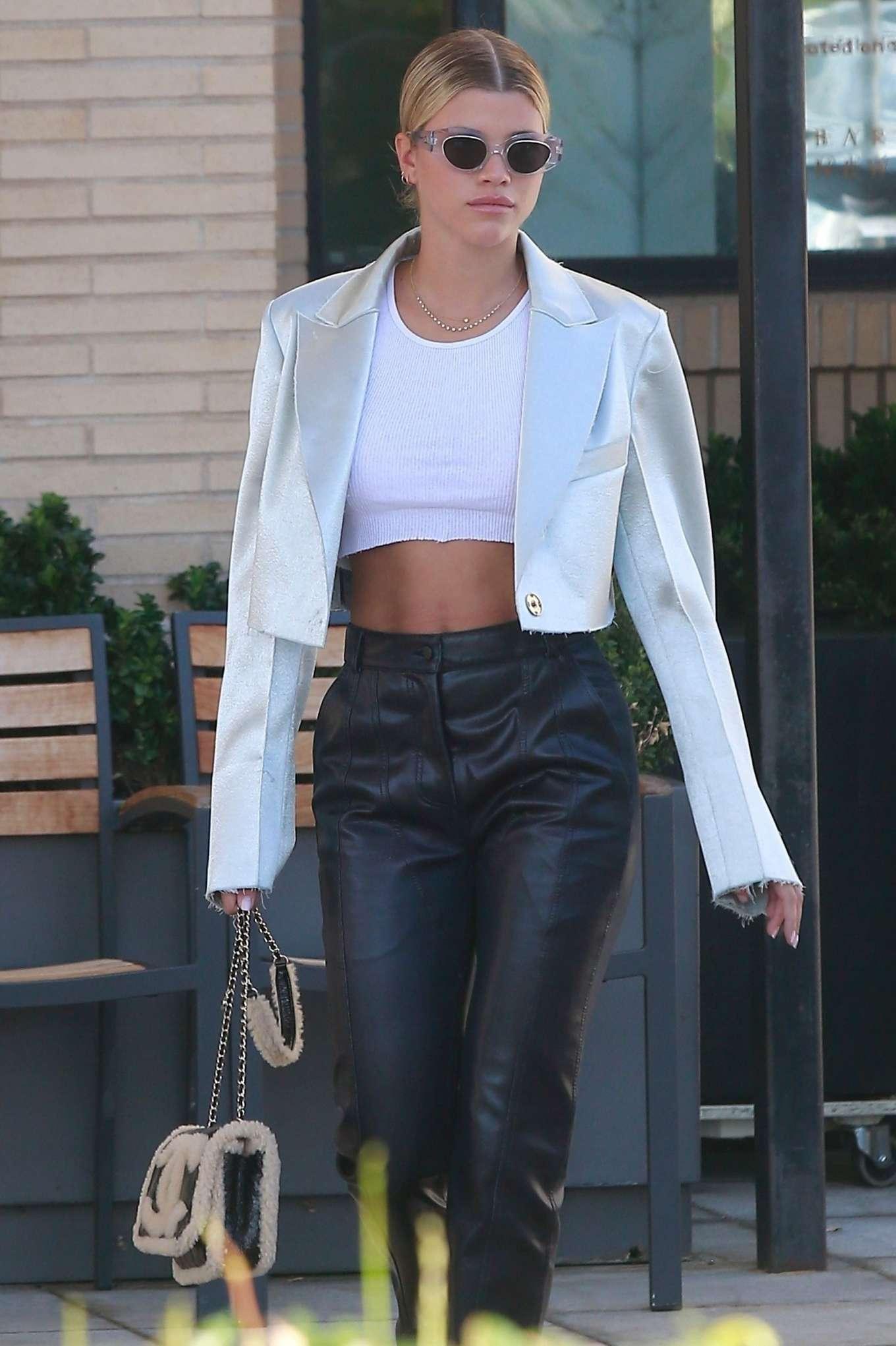 Sofia Richie 2019 : Sofia Richie – Shopping at Barneys New York-02
