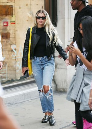 Sofia Richie in Ripped Jeans Shopping in London