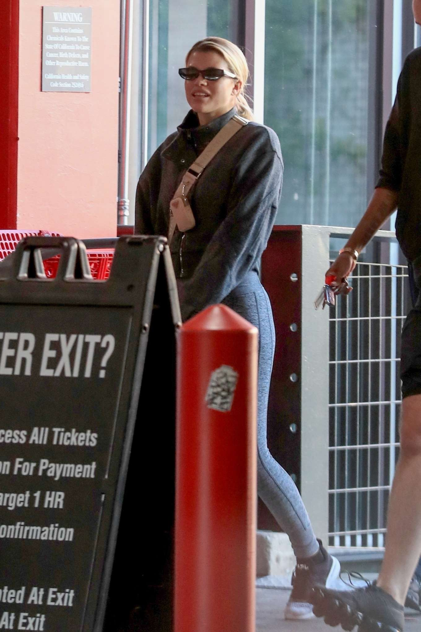 Sofia Richie 2020 : Sofia Richie – Shopping at Target in West Hollywood-15
