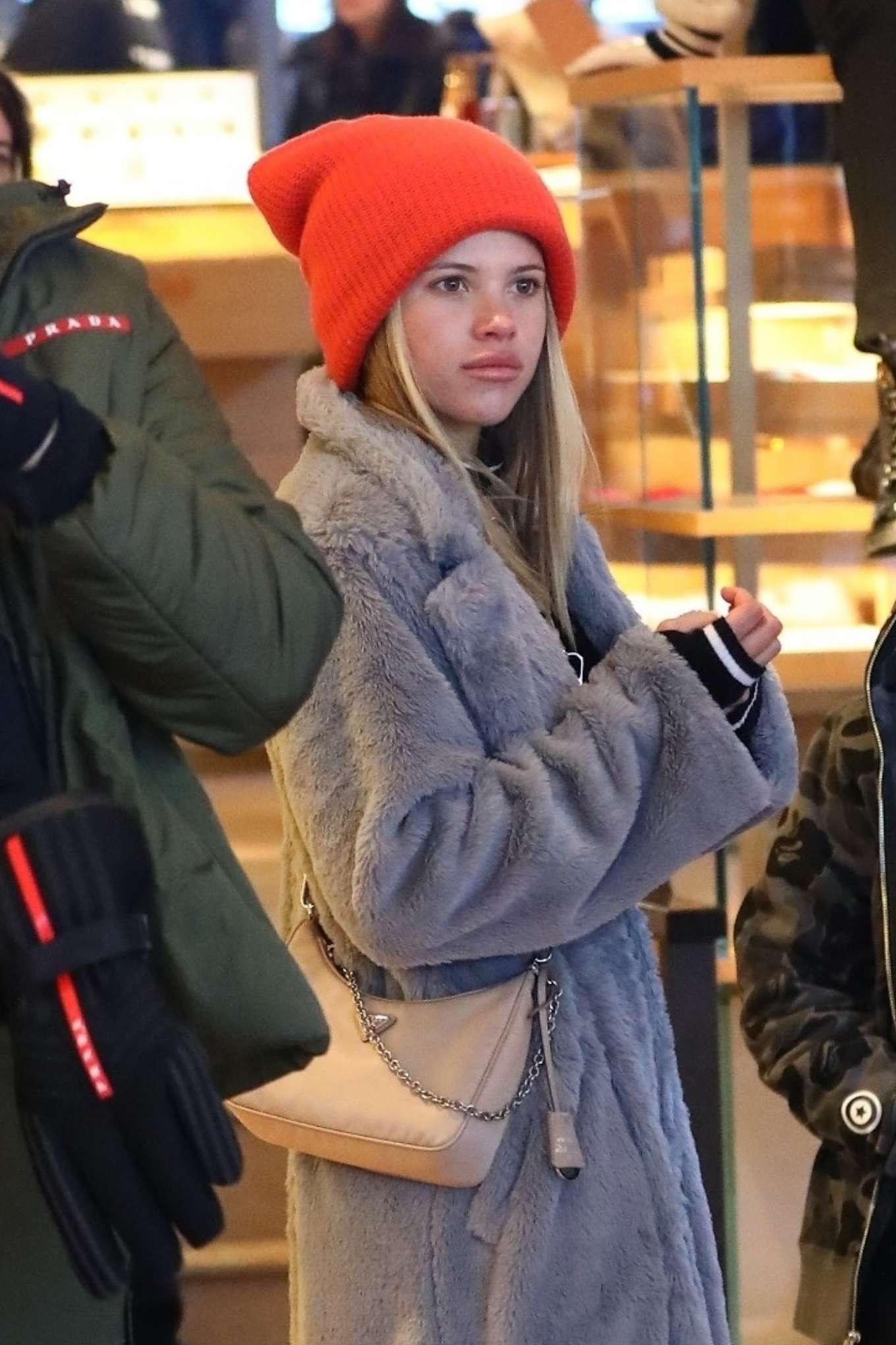 Sofia Richie 2020 : Sofia Richie – Shopping in Aspen-04