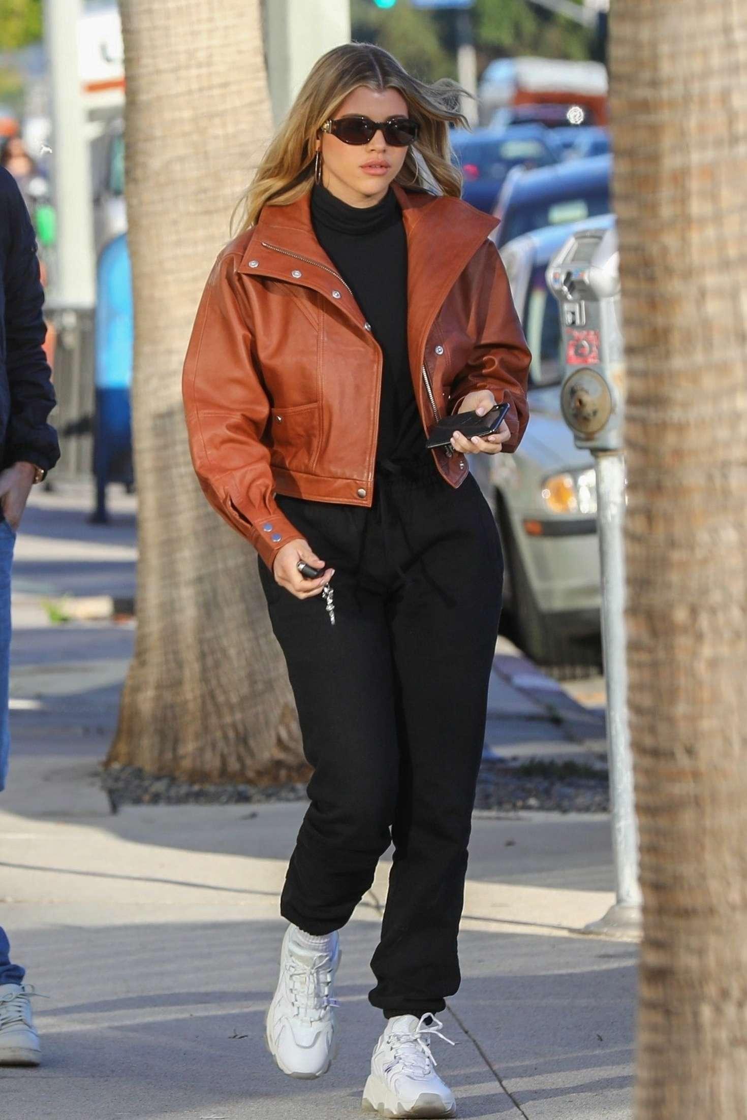 Sofia Richie 2019 : Sofia Richie: Shopping in Beverly Hills -05