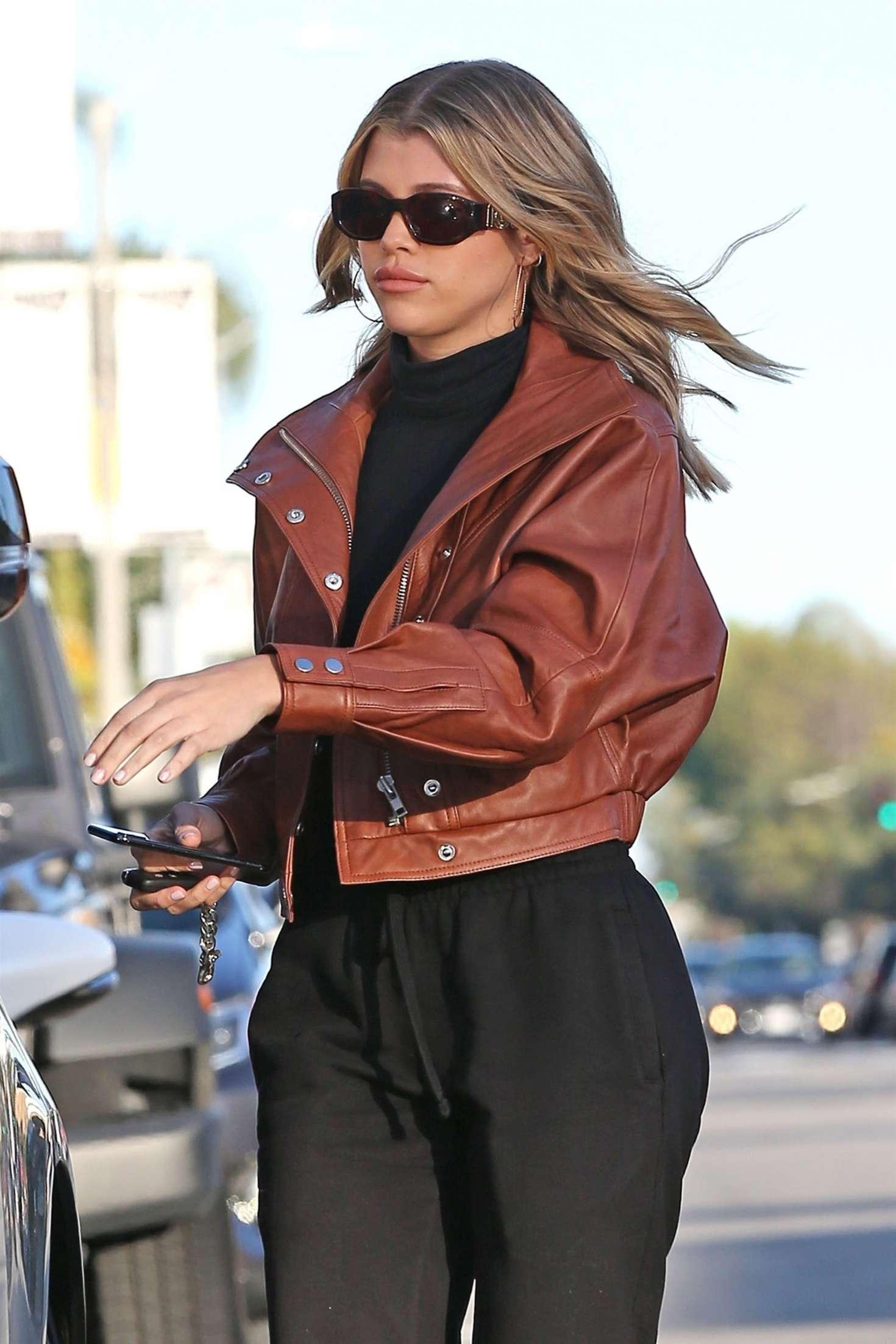 Sofia Richie 2019 : Sofia Richie: Shopping in Beverly Hills -10