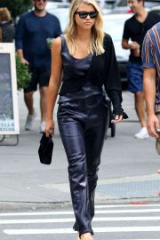 Sofia Richie - Shopping in Manhattan's Soho area in New York