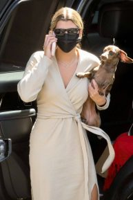 Sofia Richie - Spotted at her beach house with her dog