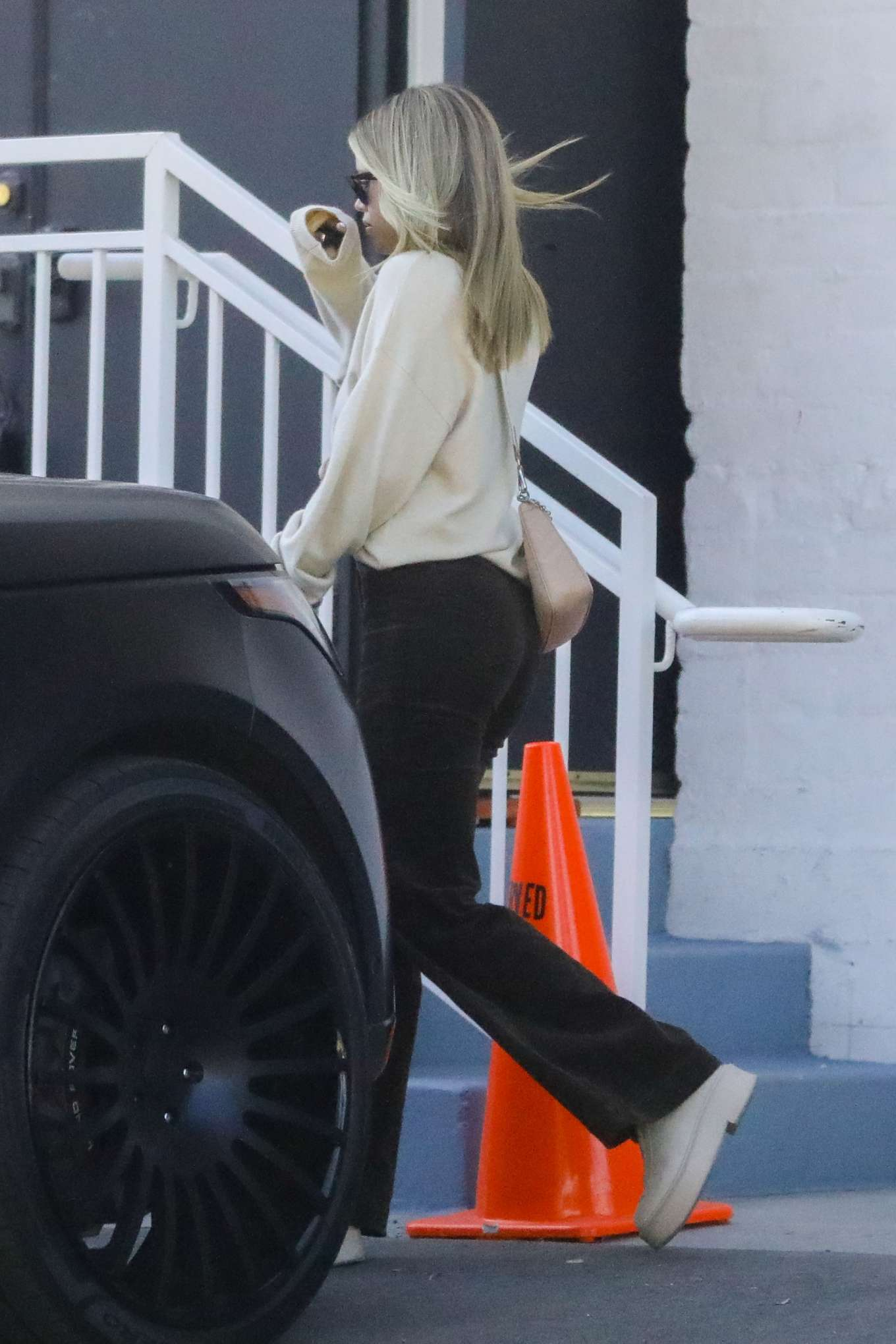 Sofia Richie 2020 : Sofia Richie – Spotted while out and about in Beverly Hills-05