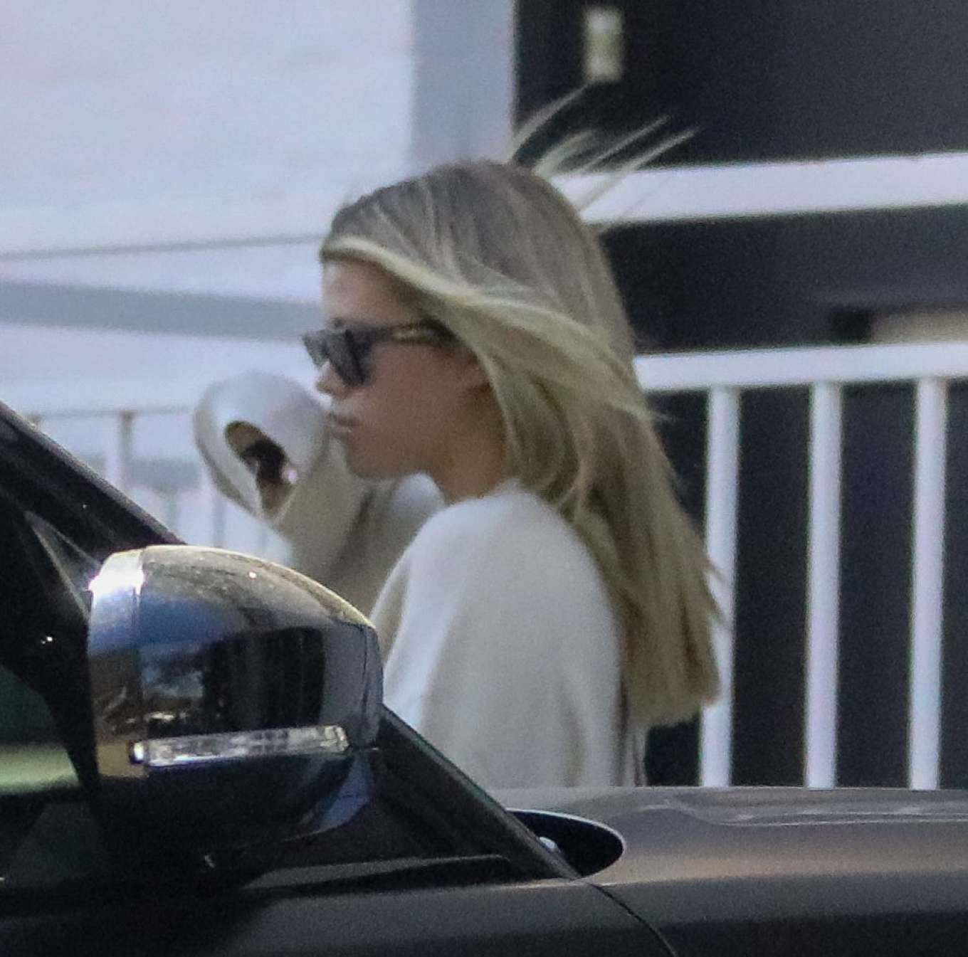 Sofia Richie 2020 : Sofia Richie – Spotted while out and about in Beverly Hills-07