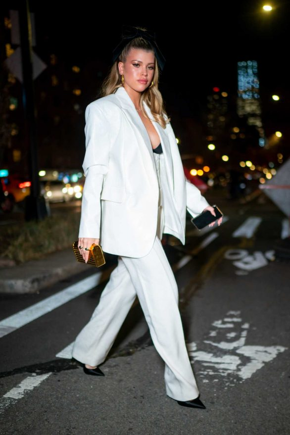 Sofia Richie steps out for dinner in New York City