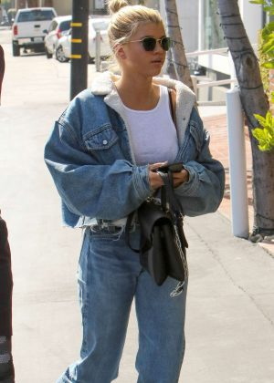 Sofia Richie visit Mauro's in West Hollywood