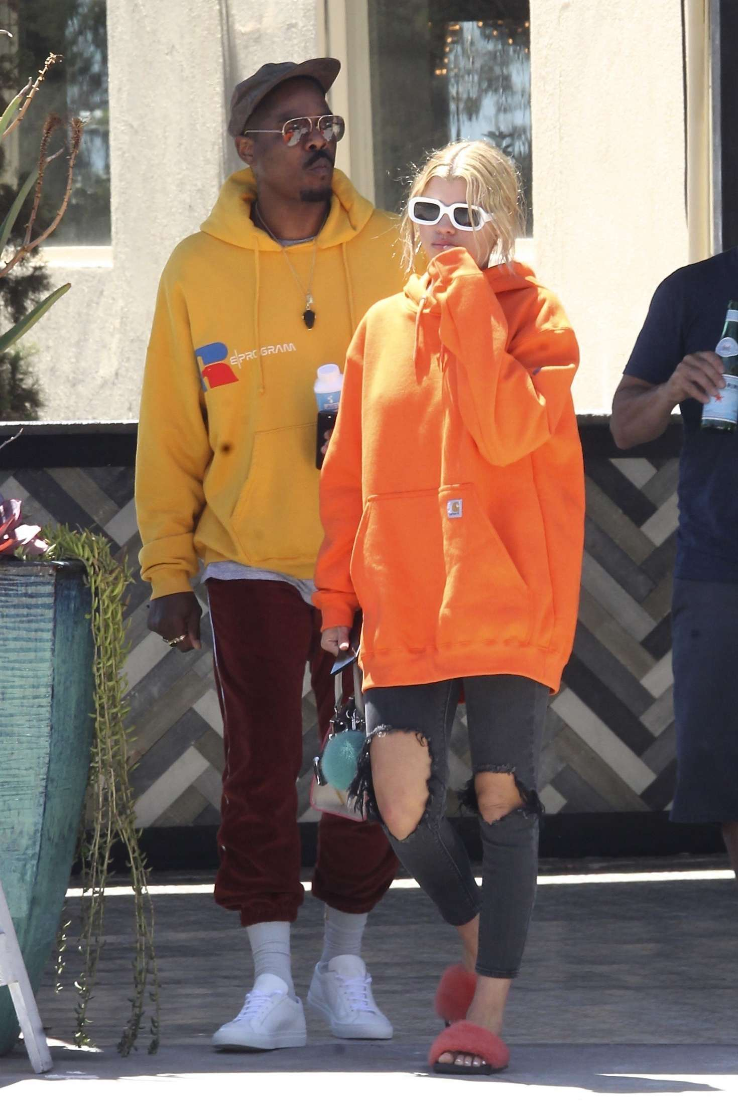 Sofia Richie 2017 : Sofia Richie with friends out in Beverly Hills -17