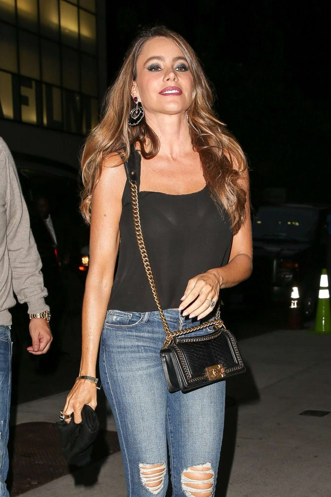 Sofia Vergara - Arriving at her hotel in New York