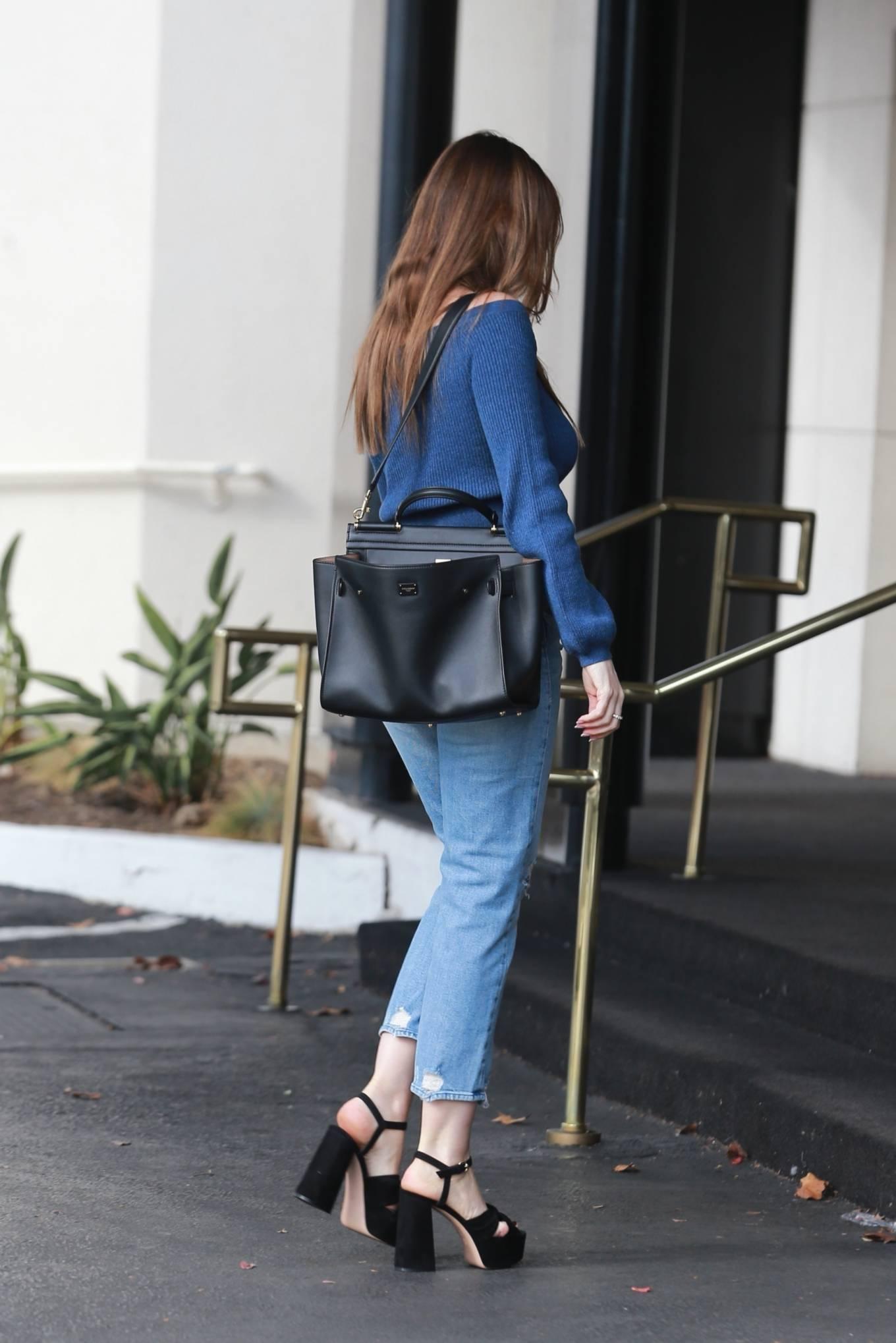 Sofia Vergara 2020 : Sofia Vergara – In denim outside Saks Fifth Avenue in Beverly Hills-22