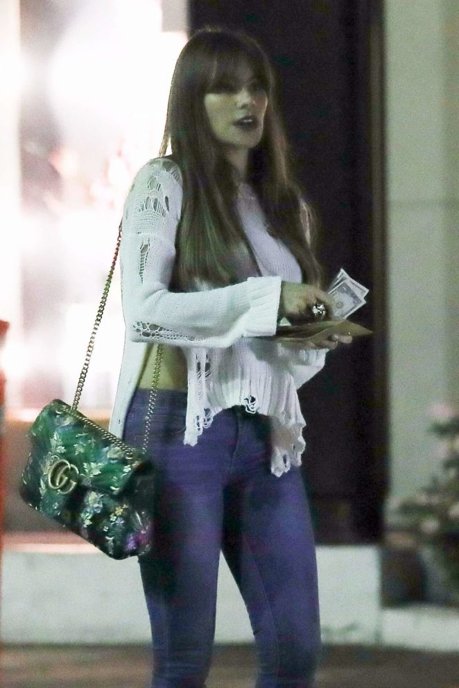 Sofia Vergara in Jeans - Out in Beverly Hills