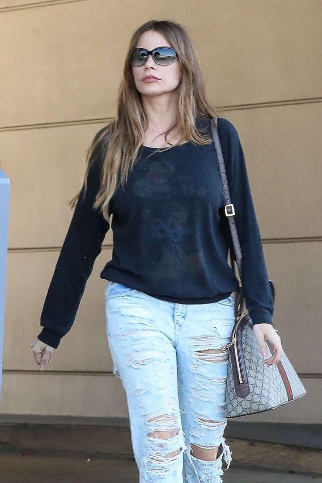 Sofia Vergara in Jeans - Visits Portofino tanning salon in Beverly Hills