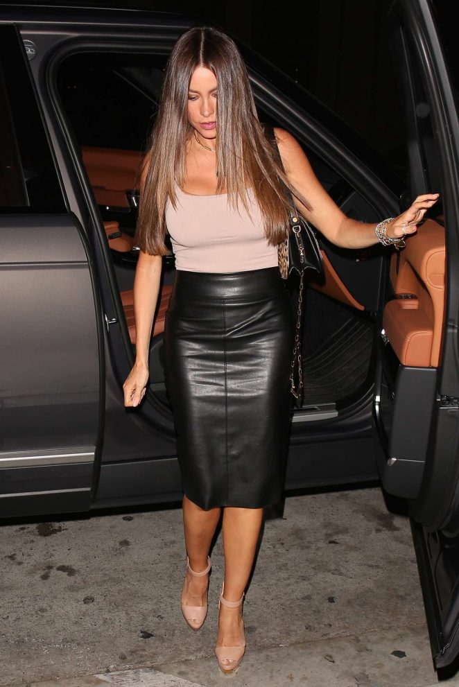 Sofia Vergara in Leather Skirt -06