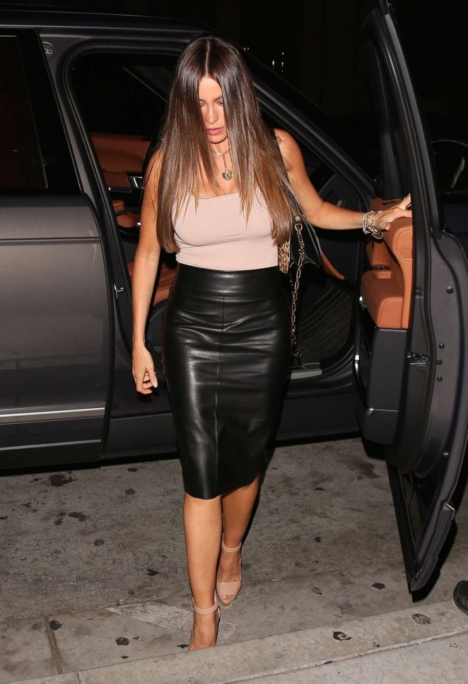 Sofia Vergara in Leather Skirt -08