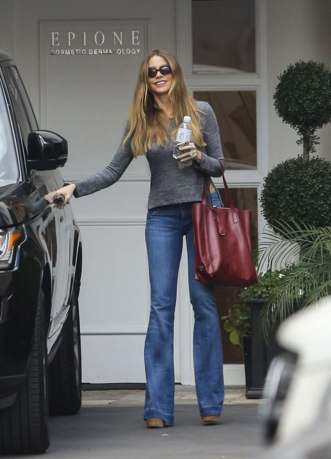 Sofia Vergara - Leaves Epione Cosmetic Center in Beverly Hills