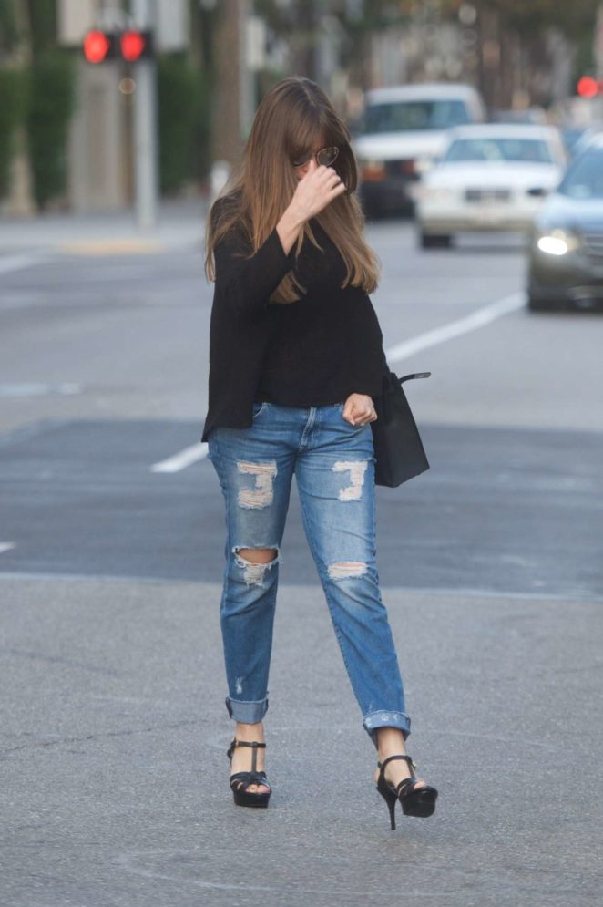 Sofia Vergara Leaving an office building in Beverly Hills