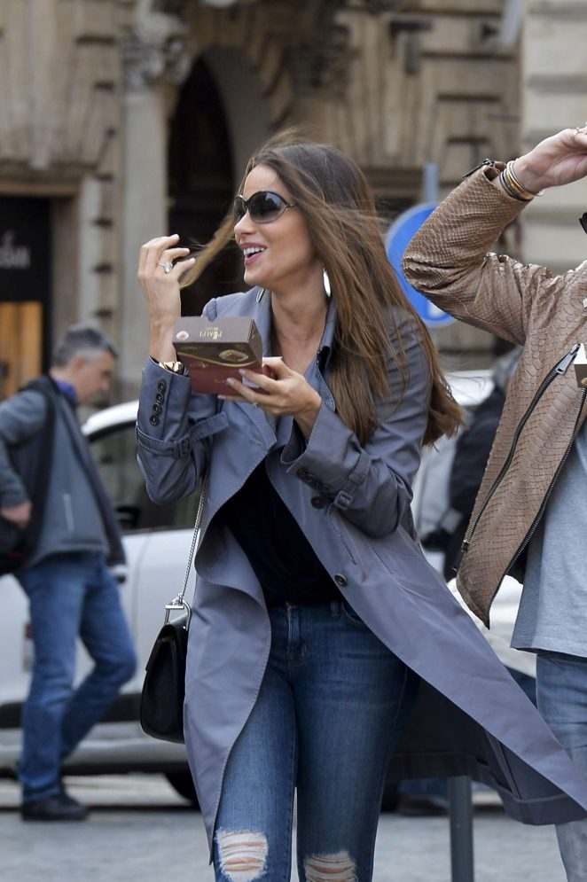 Sofia Vergara - Out and about in Rome