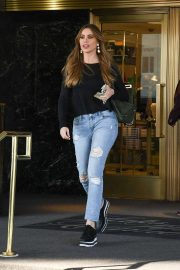 Sofia Vergara - Out in Beverly Hills