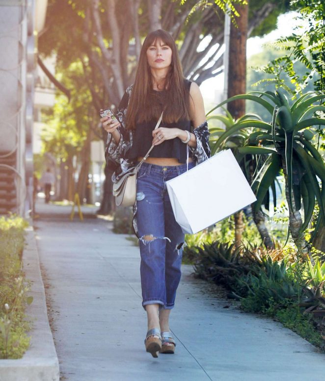 Sofia Vergara - Out Shopping in Beverly Hills