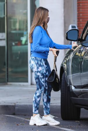 Sofia Vergara - Steps out for a pilates class in Beverly Hills