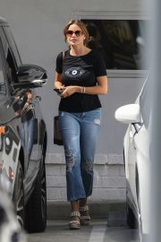 Sofia Vergara - Stops by fancy Obagi Skin Health Institute in Beverly Hills