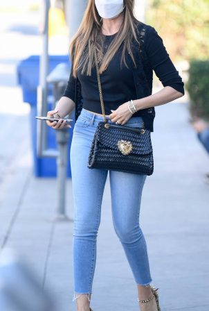 Sofia Vergara - With a friend in Los Angeles