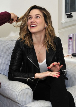 Sophia Bush - Getting ready for a Photoshoot in Chicago