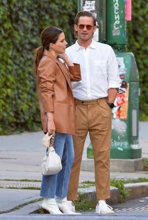 Sophia Bush - With Grant Hughes steps out in New York