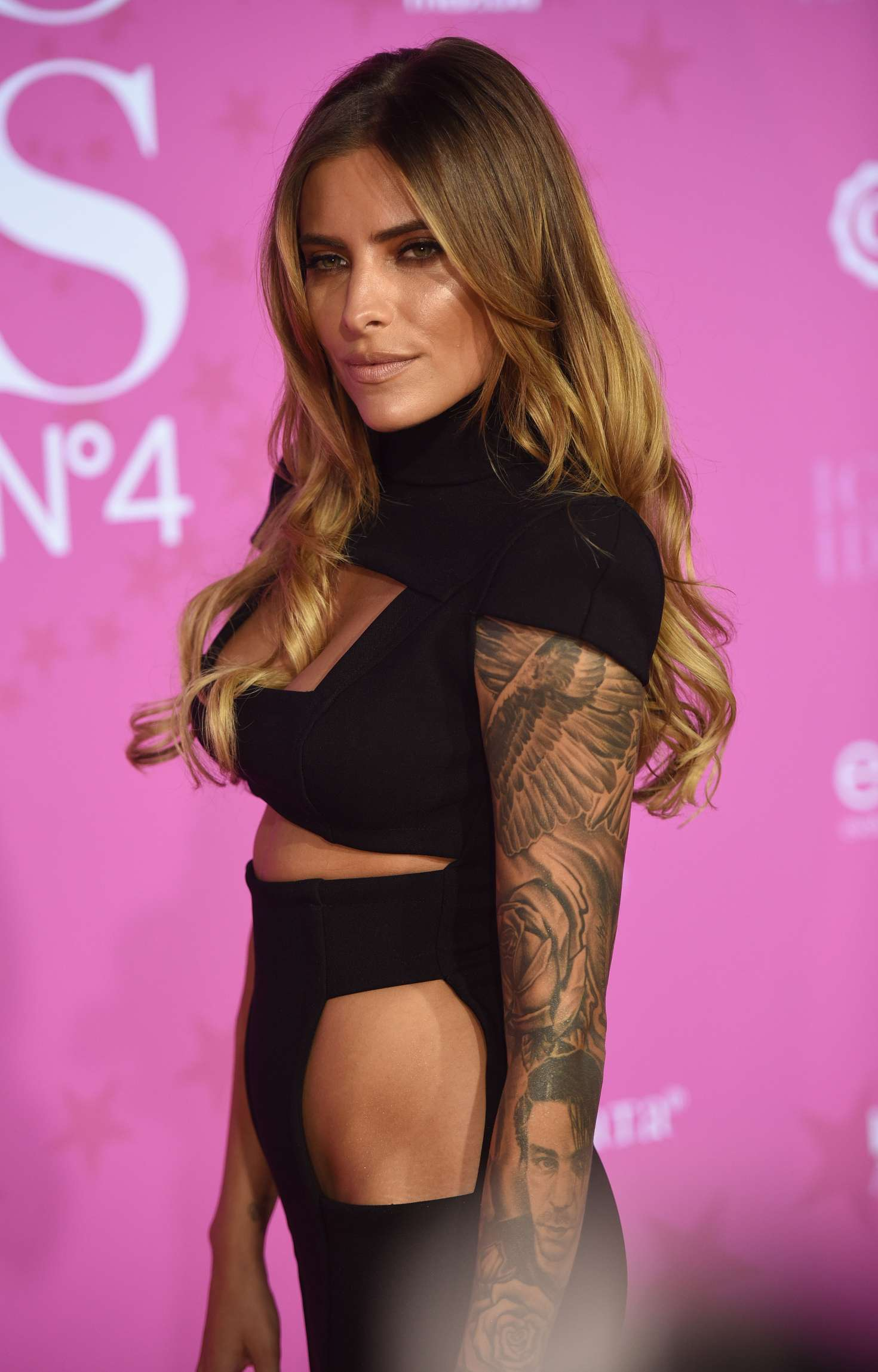 sophia thomalla intouch award 2016 in dusseldorf. Black Bedroom Furniture Sets. Home Design Ideas