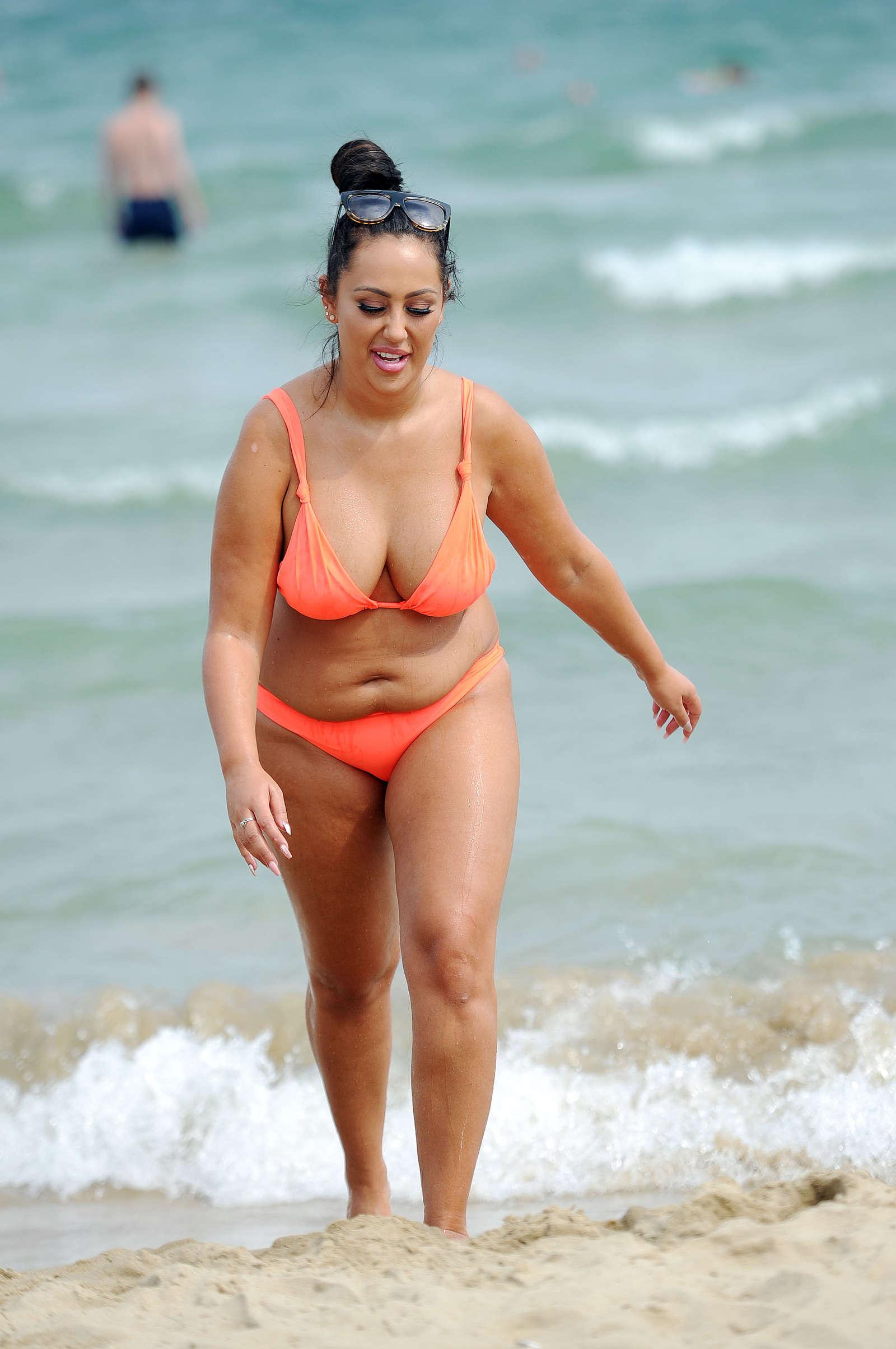 Live anybody beach australia bikini girl wanna bust