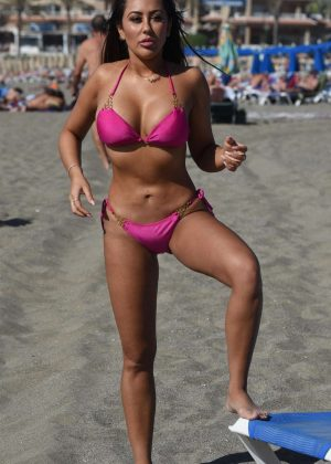 Sophie Kasaei in Pink Bikini on the beach in Lanzarote Pic 30 of 35