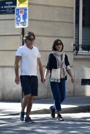 Sophie Marceau - Strolling in Paris