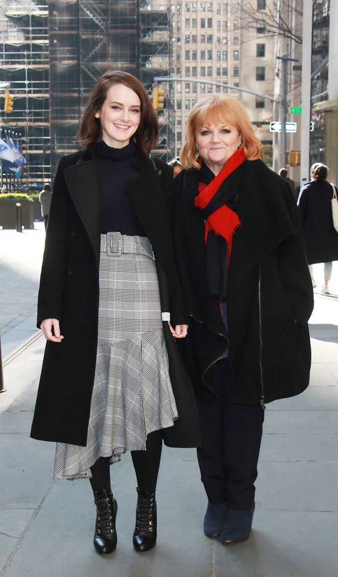 Sophie McSheera and Lesley Nicol at New York Live -02