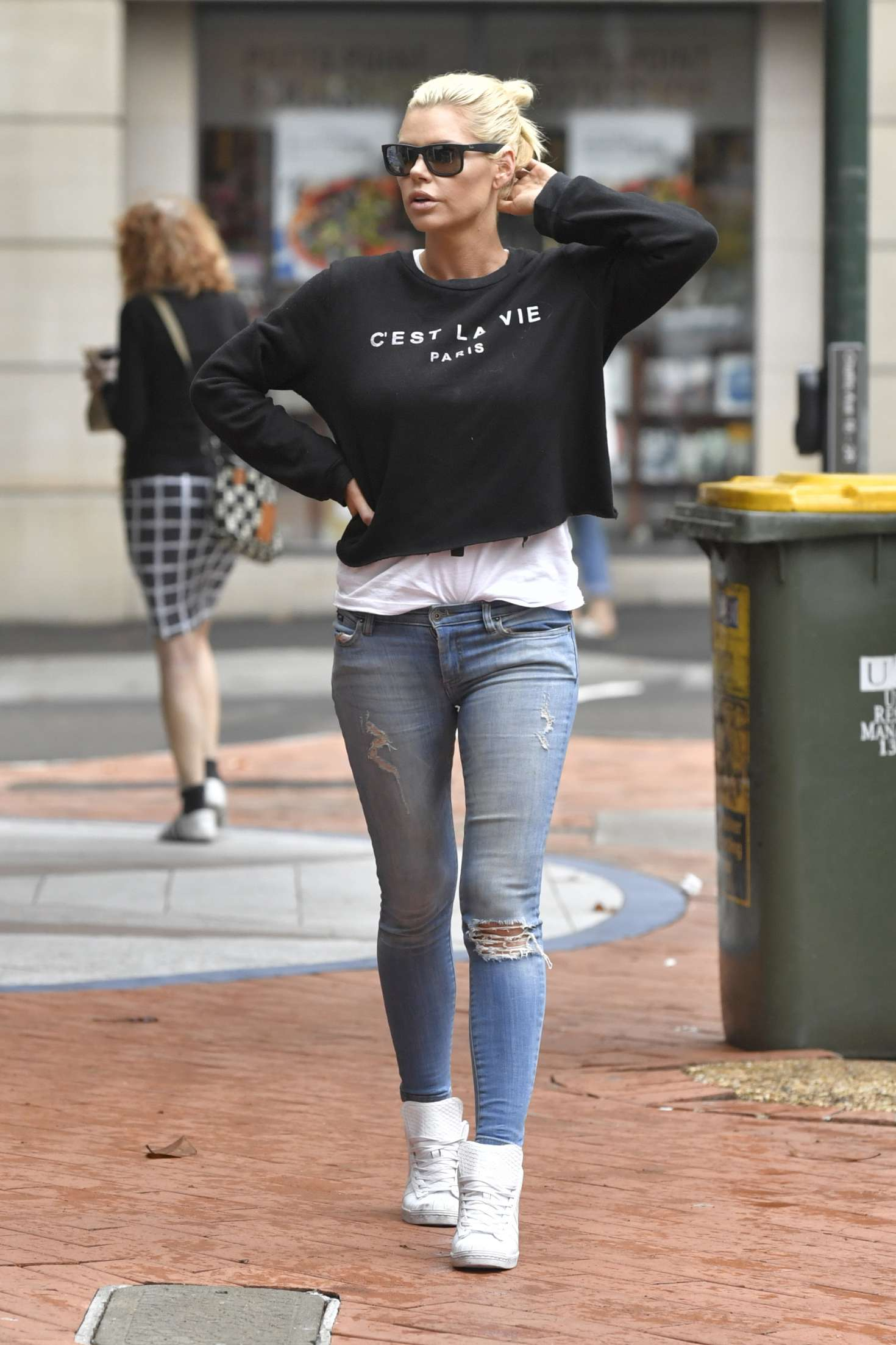 Sophie Monk in Jeans out in Sydney