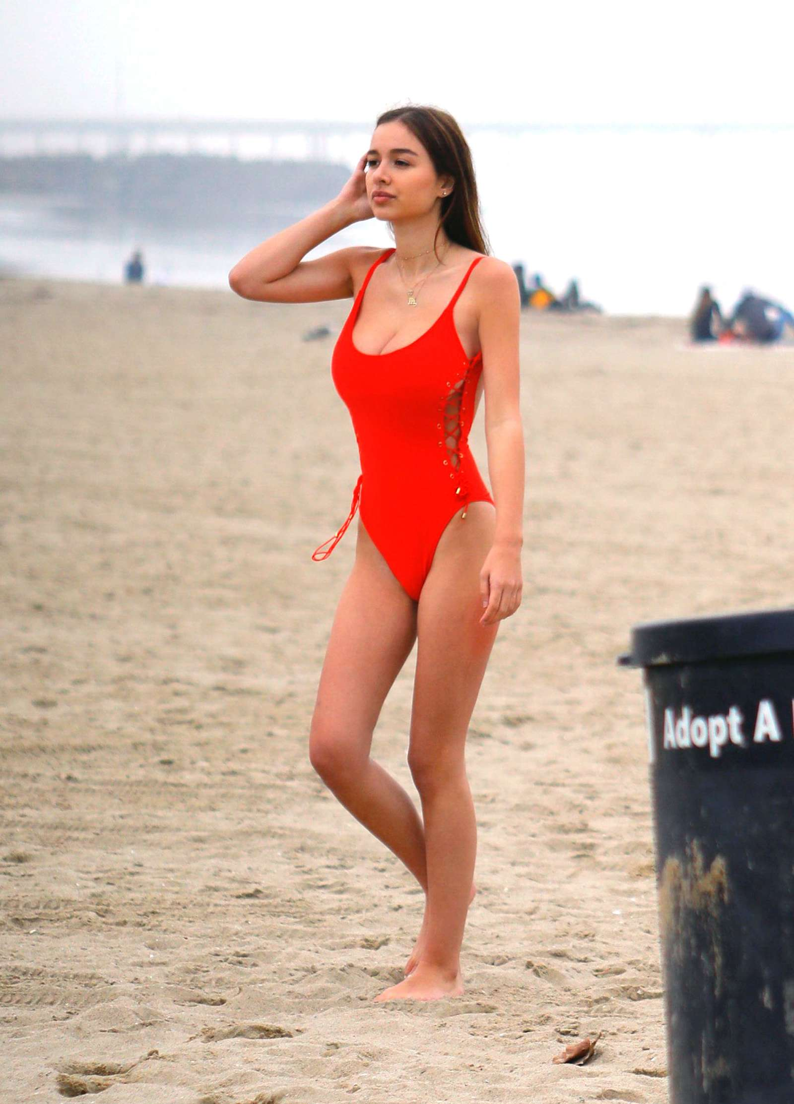 Sophie Mudd in Red Bikini on the beach in Malibu Pic 9 of 35