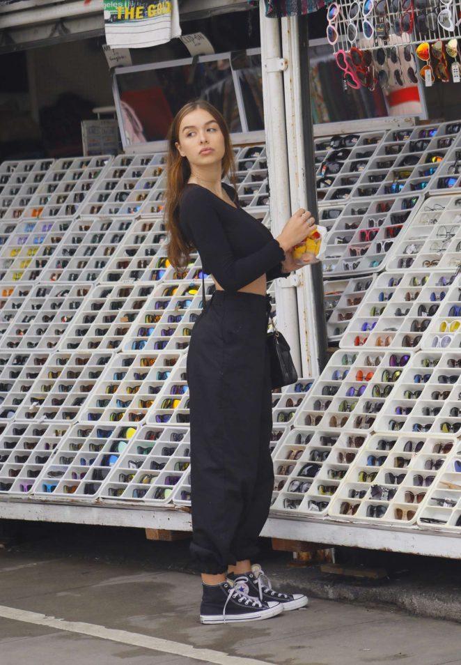 Sophie Mudd - Shopping on Venice Beach