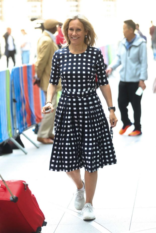 Sophie Rayworth - Out in London