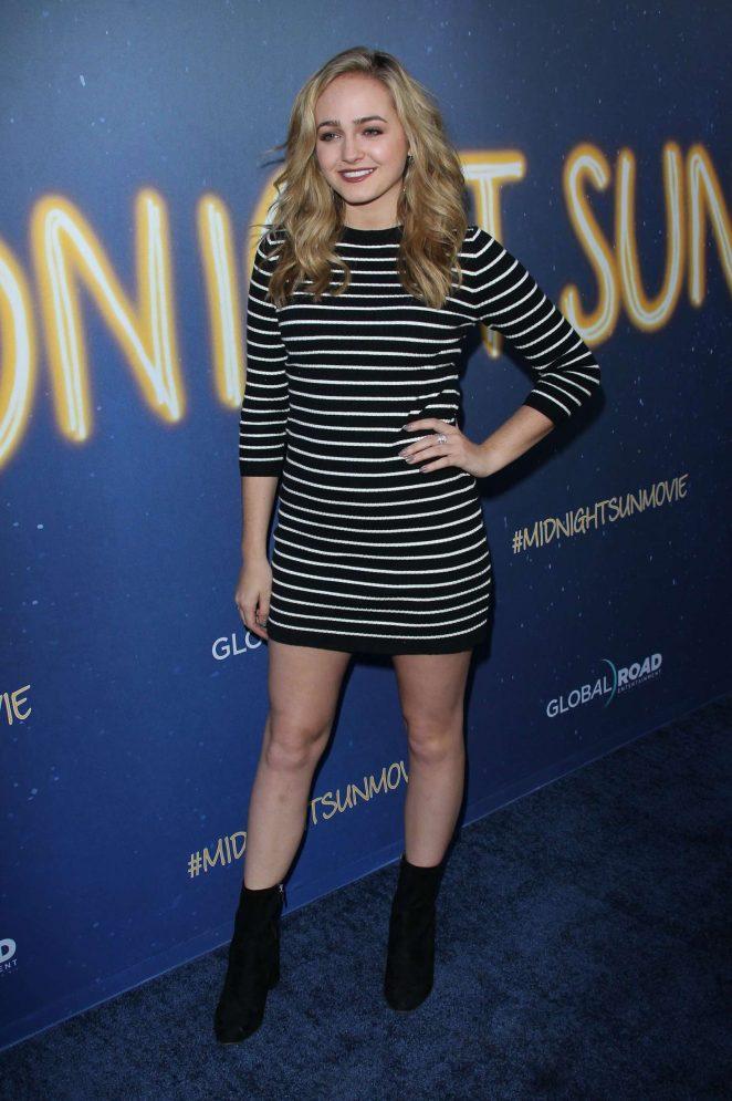 Sophie Reynolds - 'Midnight Sun' Premiere in Los Angeles