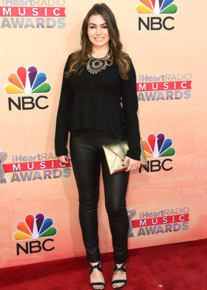 Sophie Simmons: 2015 iHeartRadio Music Awards -02